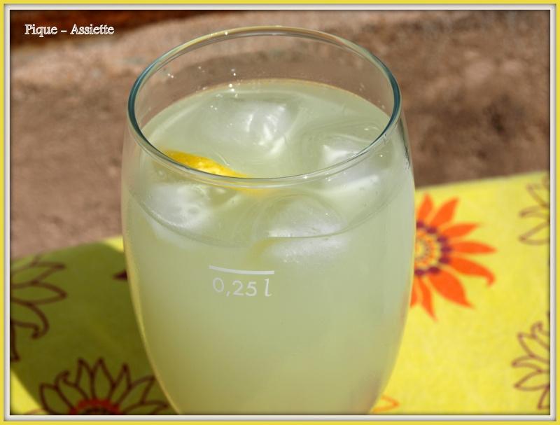 http://i33.servimg.com/u/f33/09/03/28/48/limona13.jpg