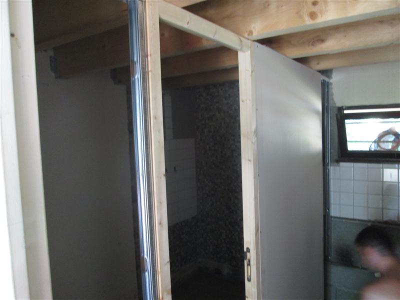 pose carrelage suite et presque fin. Black Bedroom Furniture Sets. Home Design Ideas
