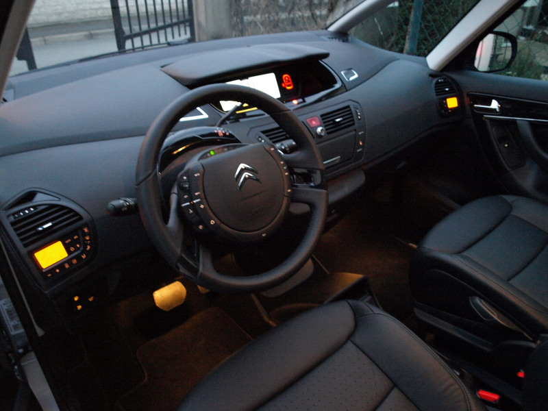 C4 picasso exclusive phase ii for Interieur cuir c4 picasso