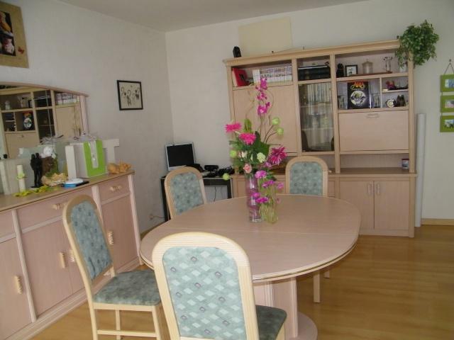 Maelysjade refaire salon avec meubles rose c rus pin for Salle a manger ceruse