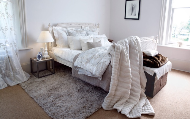 Chambre Blanc Et Taupe. Interesting Blanche Attrayant Meuble Peint ...