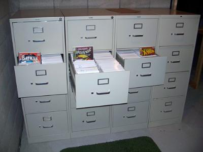 alternative aux box carton pour les comics. Black Bedroom Furniture Sets. Home Design Ideas
