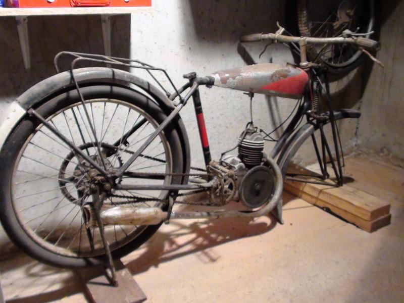 Qui peut m 39 aider identifier cette moto merci d 39 avance for Garage moto courbevoie