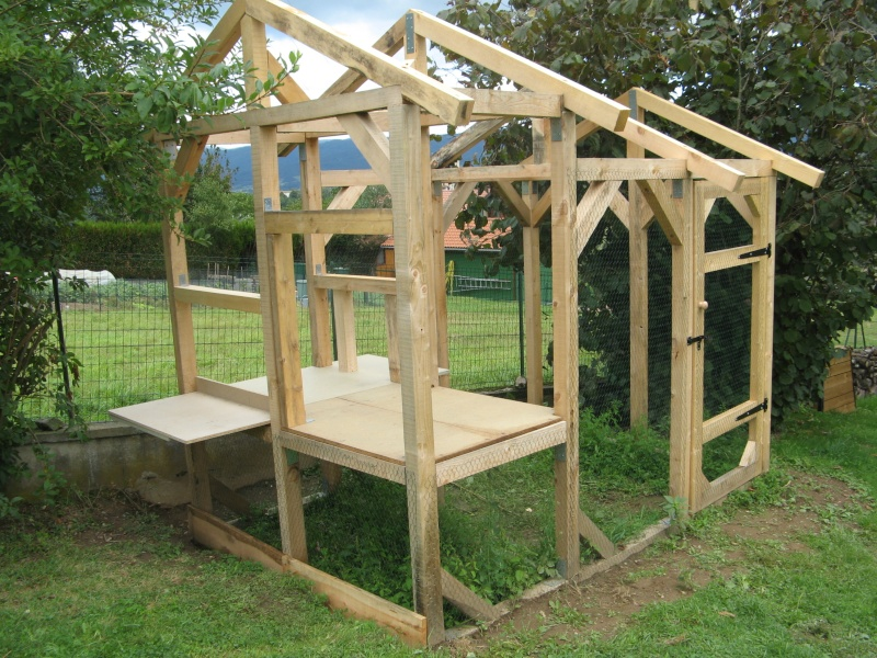 Plan d un poulailler for Construire une cabane a lapin exterieur